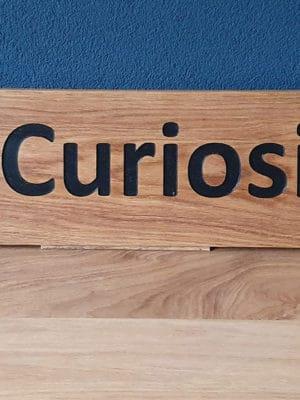 Naambord eiken Curiosity